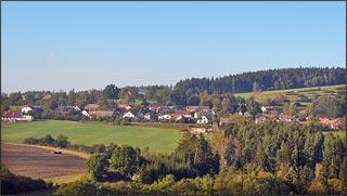 pohled na obec Ostrov